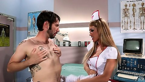 Doctor Capri Cavanni has a patient that needs dick work