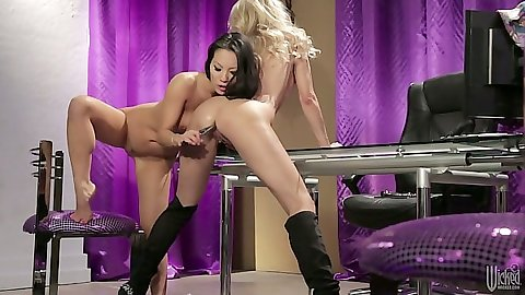 Sex toys Asa Akira and jessica drake all wet from their own grool