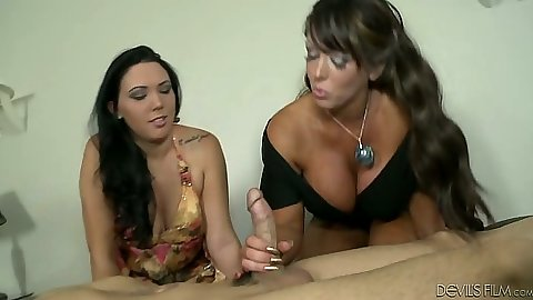 Threesome with mother and daughter Megan Foxx and Alura Jenson blowjob style