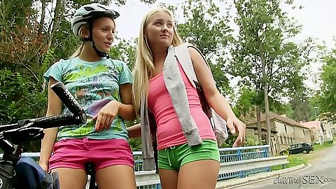 Whitney Conroy and Cayla Lyons find a quite place off the road to do some lesbian teen kissing