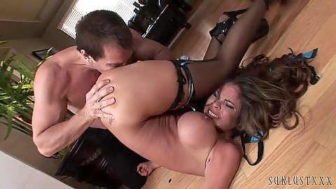 Rough sex and pile driver with blowjob Hunter Bryce