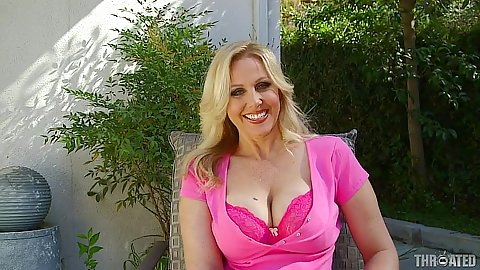 Julia Ann blonde milf outdoors teasing