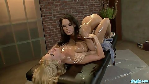 Lesbian oil making out and fingering orifices