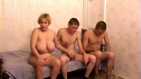 Busty mother fuck with family threesome and doggy style home video