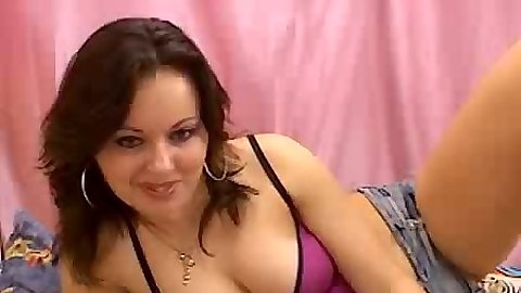 Webcam milf stripping slowly while she is paid to get naked
