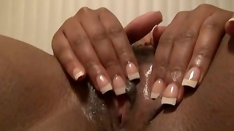 Grooly pussy on a nice body black girl Rane gets finger insertion