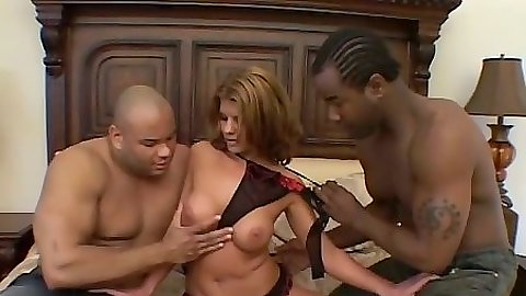 Threesome with latina getting trio fuck