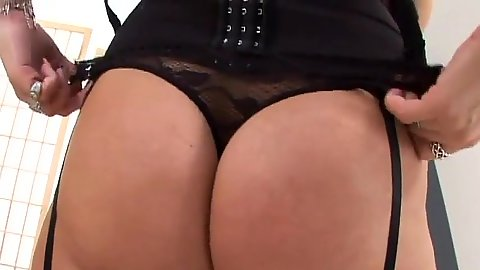 Nice round ass amateur mom whore Jeane in stockings sucking penis