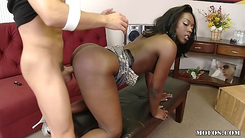 Hot ebony hottie tries out for our new TV show