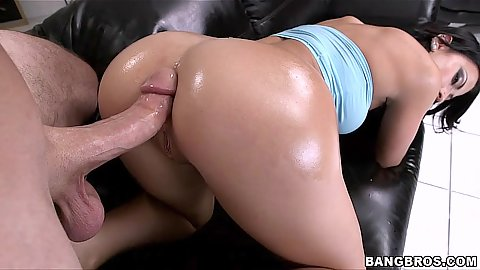 Nice oily ass all shiny and tight for hardcore anal sex Kelly Diamond XXX