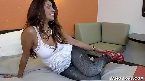 Latina Isabella Taylor slowly undressing and sucking dudes cock