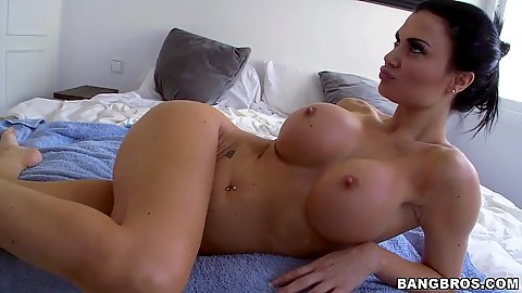 Big breasts Jasmin Jae ass licked and pussy