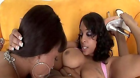 Dena Caly and Kim Pleasures with Carmen Hayes enjoying a true lesbian threeway