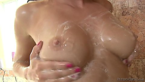 Soapy shower with natural boobs Aidra Fox and sucking balls