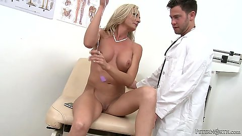 Doctor visit with naked milf Sindy Lange getting touched
