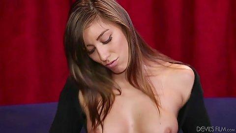 Hairy medium tits girl Rilynn Rae