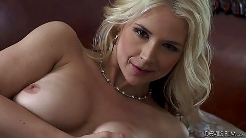 Lovely milf with large tits Sara Vandella sucking balls with dick