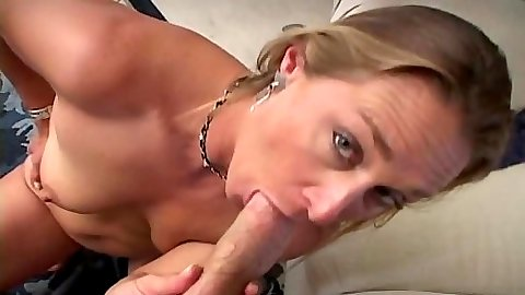 Delicious mom Ivy Love blowjob and sittin gond ick