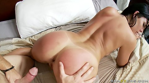 Hot chick gets her tight smooth shaved pussy fucked