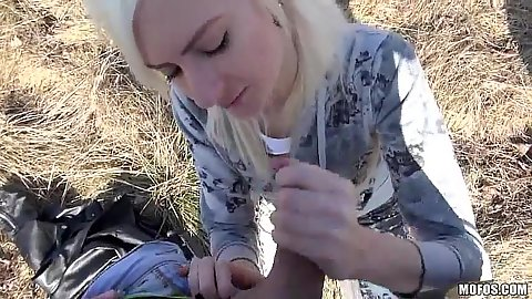 Outdoor euro amateur sucking some cock in the park with Lenny Elleny