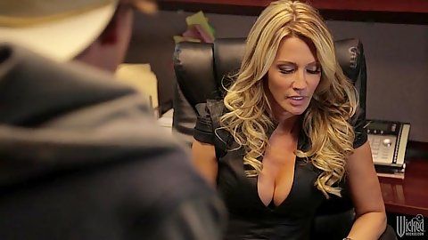 Blonde milf jessica drake bends over office table for cunnilingus