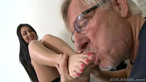 Old guy licks feet of brunette Rosalina Love
