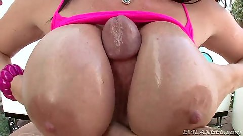 Titty fuck close up with deep throat whore Sophie Dee