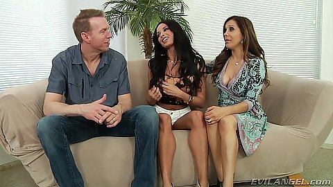 Anissa Kate and Francesca Le milfs undressing and making out 3some
