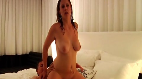 Delicious Mindy reverse cowgirl and pussy eating
