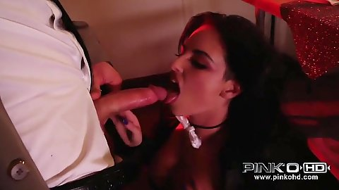 Blowjob with brunette Christy Mack and her tricks