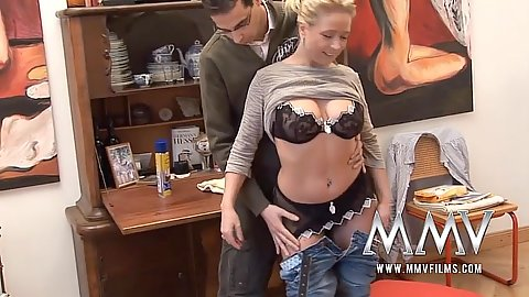 Undressing amateur Vivia then gets on her knees