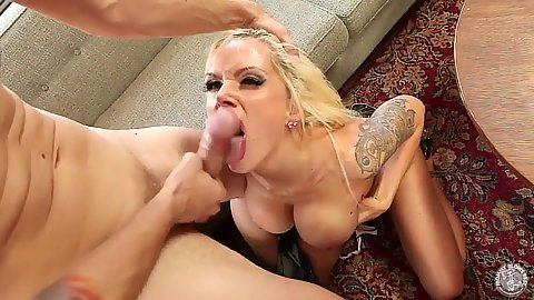 Juicy pornstar blowjob and a titty fuck with skinny Nina Elle