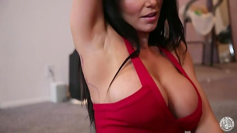 Busty brunette Romi Rain goes down for blowjob