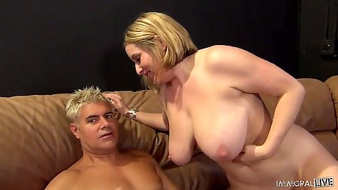 Large milf with huge tits Maggie Green sucks penis