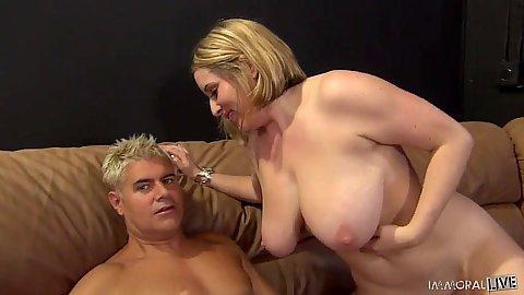 Large milf with huge tits Maggie Green sucks penis