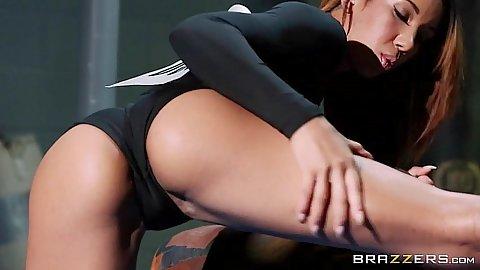 Yoga girl and her oil on body Sophia Fiore