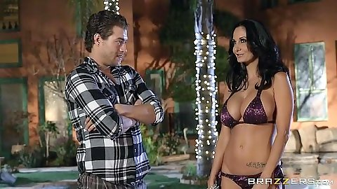 Perfect body milf Ava Addams wearing sexy bra and panties