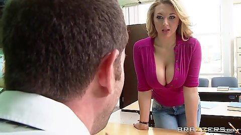 Big melons milf looking all dressed up Brooke Wylde