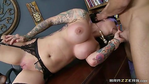 Blowjob with tattoo boss Darling Danika