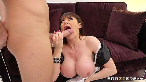 Milf cock sucking with maid in service Eva Karera
