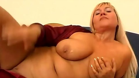 Dildo self pleasuring close up with big boobs mom