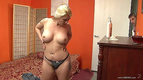 Big tits blonde Jocelyn loves her feet getting licked in femdom