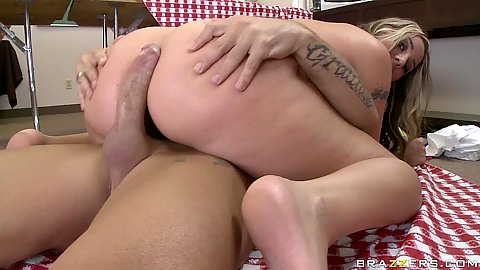 babe riding cock with her anus and then back in mouth