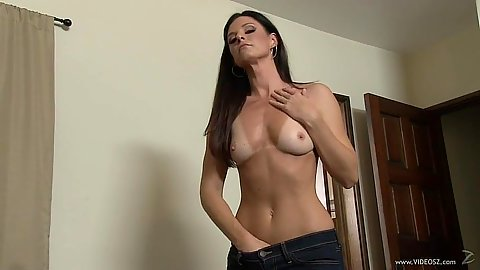 Firm tits athletic milf with tanlines undressing India Summer