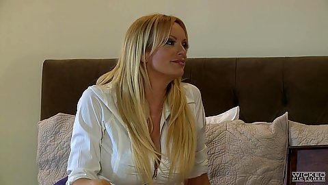 Blonde milf and her brunette friend get lesbian nasty Stormy Daniels and Allie Haze