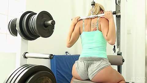 Gym workout with nice sweaty ass girl Scarlet Red