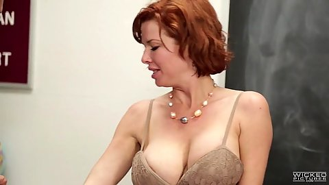 Veronica Avluv squirt class with gagging deep throating milf