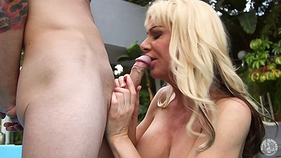 The good wife milf blowjob from experienced Sasha Sean