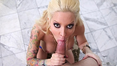 Blowjob and reverse blowjob from a pro stripper Helly Mae Hellfire