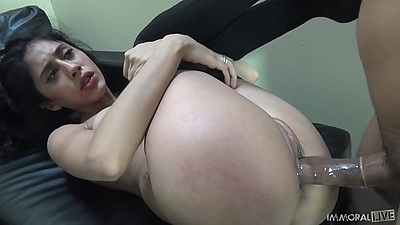 Raised legs hardcore sex with sweaty sluts Angel Del Rey and Tory Lane
